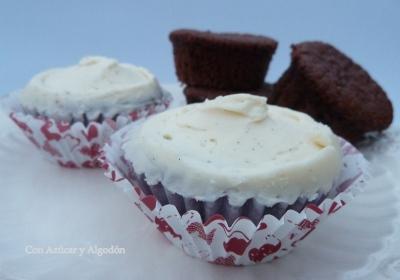 Cupcakes de Chocolate con Buttercream de Vainilla